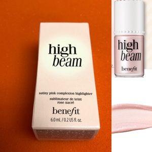 Benefit High Beam Complexion Highlighter